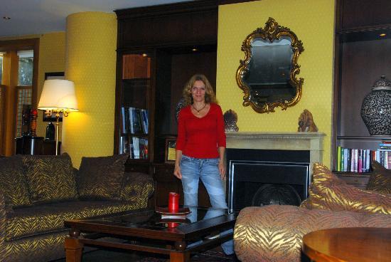Rodos Park Suites & Spa: Lobby
