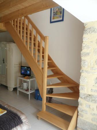 La Musardise : escalier vers la chambre du haut