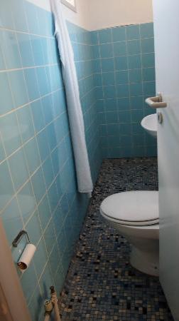 Hotel HirtsHals: dirty bathroom