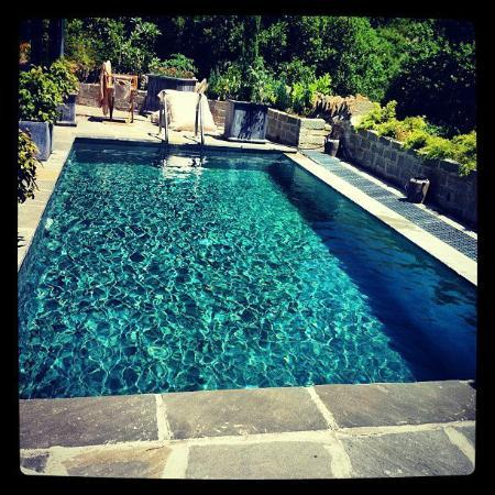 Avragonio : Πισίνα