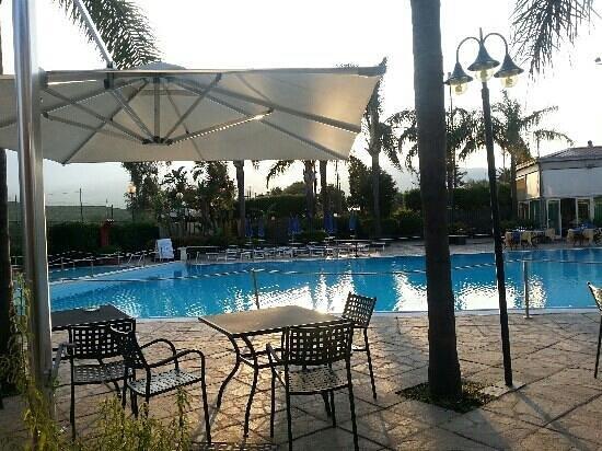 Atlantis Palace Hotel: piscina