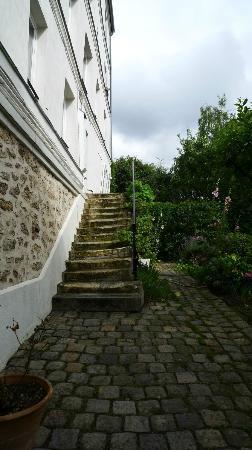 Une Chambre a Montmartre : Treppen