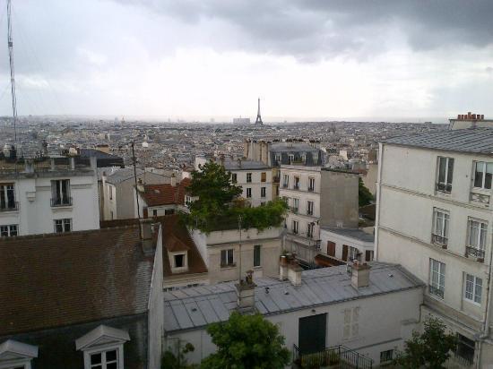 Une Chambre a Montmartre : Montmartre und Paris