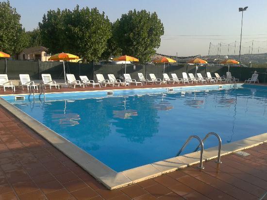 Camping La Medusa : La piscina