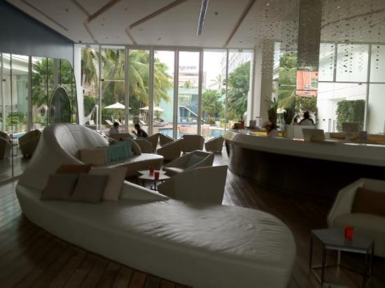 Hotel Baraquda Pattaya - MGallery by Sofitel: Main Lobby