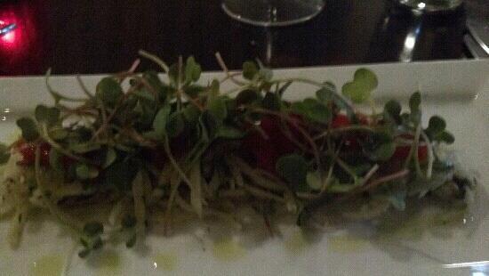Bijou: salmon salad