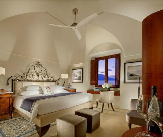 Monastero Santa Rosa Hotel & Spa: Guest room