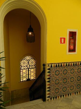 La Casa Amarilla : stairs