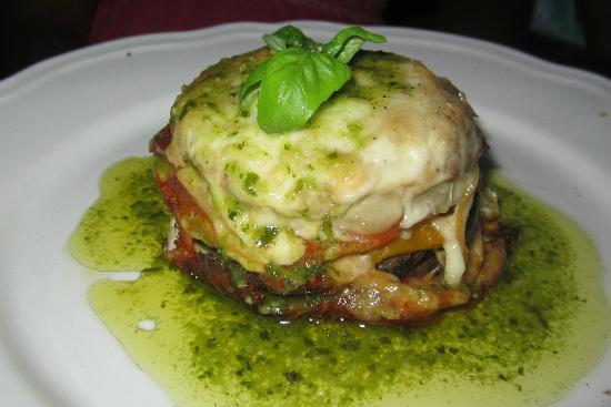 Villa Pian Di Cascina: Anniversary dinner, vegetarian dish, The Pesto Tower!