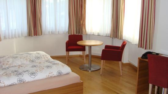 Braeustueble Altenmuenster: Sitzecke Doppelzimmer