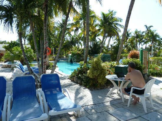 Sunrise Beach Clubs and Villas: Pool area
