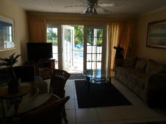 Sunrise Beach Clubs and Villas: Looking out from kitchenette
