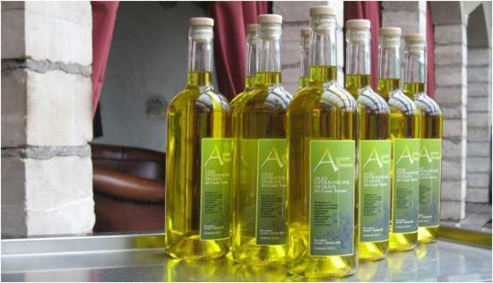 Restel De Fer : olive oil produced directly from the Locanda