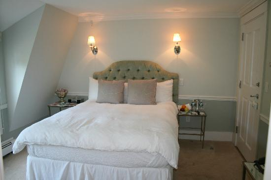 White Barn Inn: Room