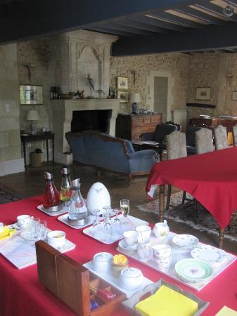 Tea time picture of chambres d 39 hotes saint emilion for Chambre d hote st emilion