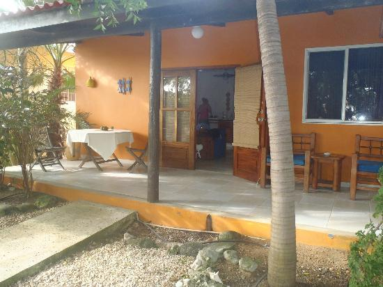 Tropical Inn Bonaire : Front porch of our apartment