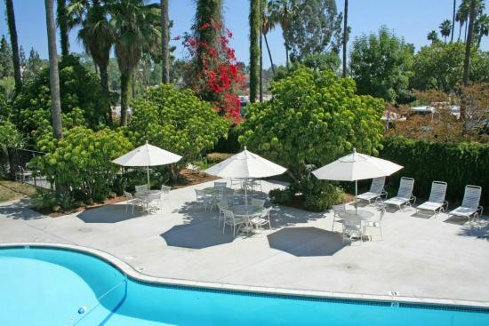 San Diego RV Resort : Pool Area