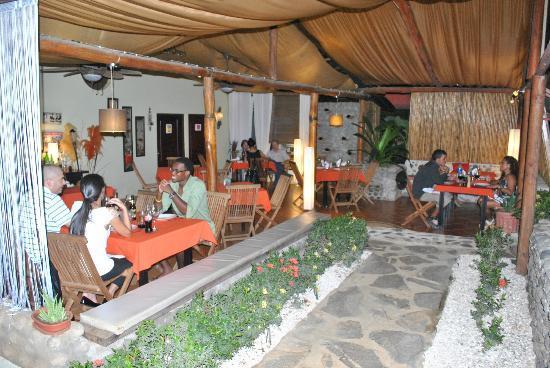 Villa Italia : salón principal