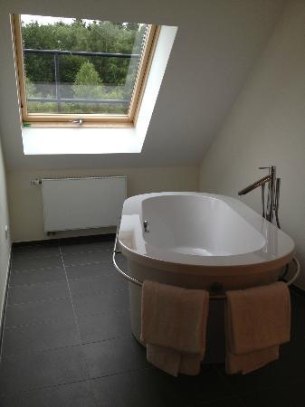 Klosterhotel Marienhoeh: Badewanne Suite