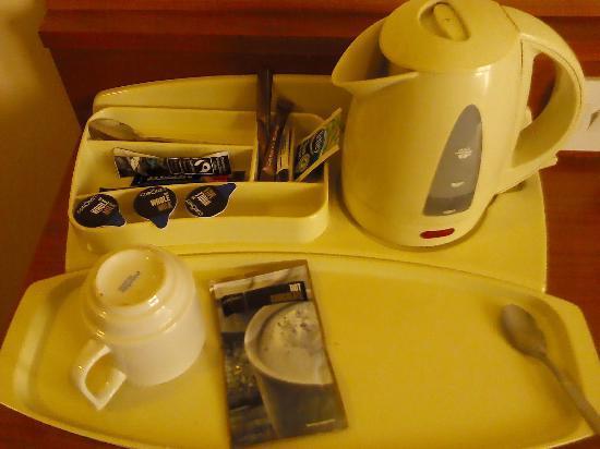The Fairway, Barnsley: Tea and Coffee
