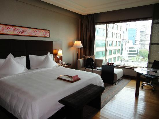 Crowne Plaza Hotel Gurgaon: Room