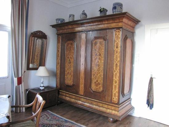 Pension Müller: armoire