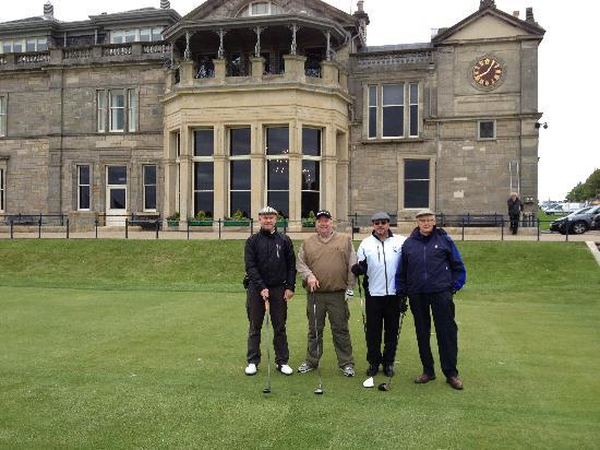 The Royal & Ancient Golf Club of St. Andrews: Getting ready to tee off on The Old Course