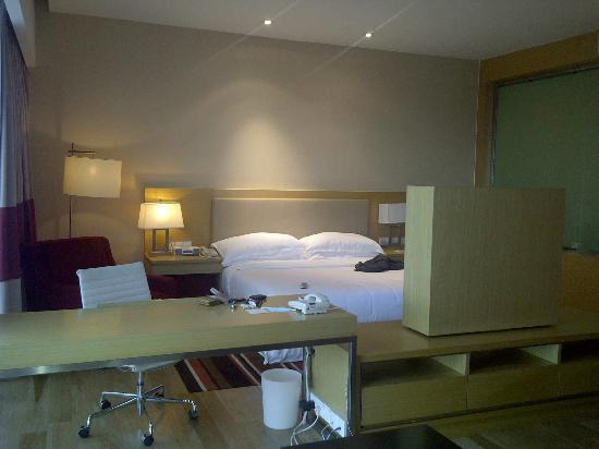 Century Kuching Hotel: Junior Suite 1054 - 03