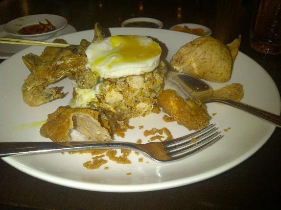 Century Kuching Hotel: Nasi Goreng at the Eatery