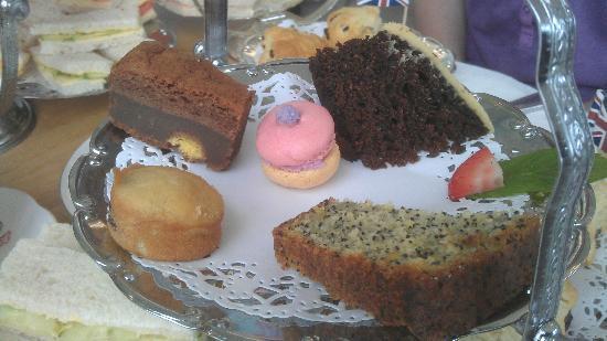 Keep House Tea Room: The cakes. So lovely!