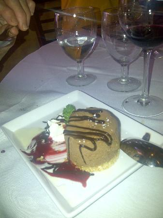 Il Pizzico: chocolate moose dessert