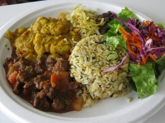 Vegetarian Restaurant by Hakin: Curried Chicken Plate Special (DELICIOUS)