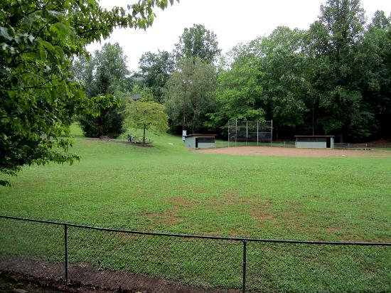 Mynatt Park : Ball field