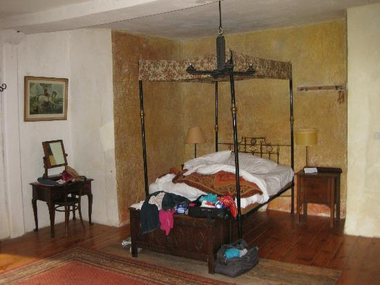 Clomantagh Castle: Bedroom