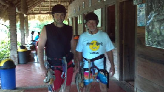 Casa Del Soul: Zip Lines