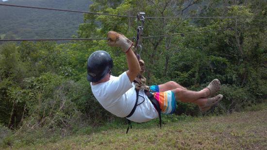 Casa Del Soul: zip line
