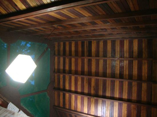 Rio Magnolia Nature Lodge: The lovely ceiling of the Mongo Congo
