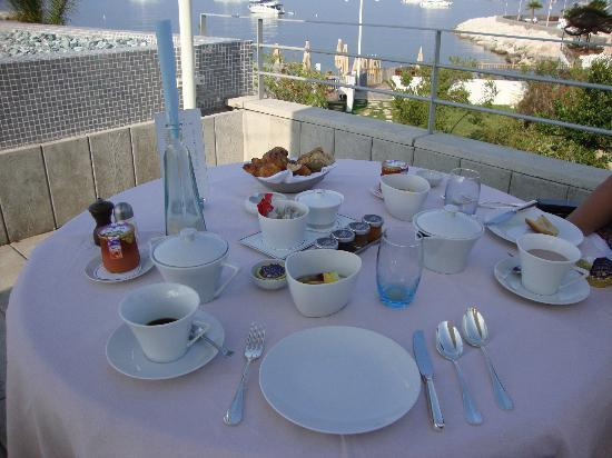 Cap d'Antibes Beach Hotel: Nice breakfast