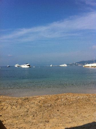 Cap d'Antibes Beach Hotel : The beach