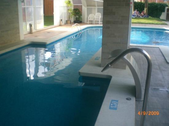 Hotel GHT Aquarium & SPA: piscine couverte