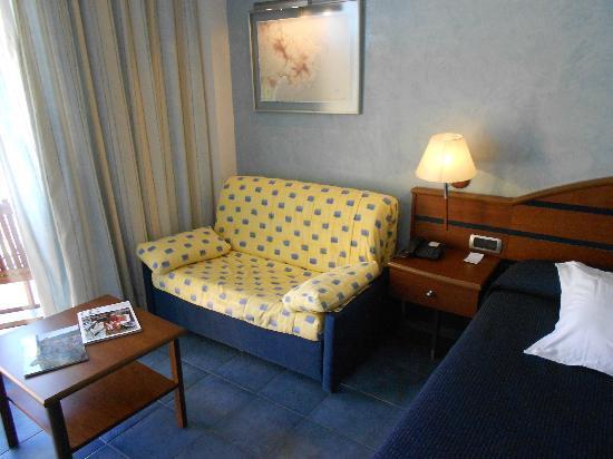 vue de la chambre - Picture of Port Salins Hotel, Empuriabrava ...