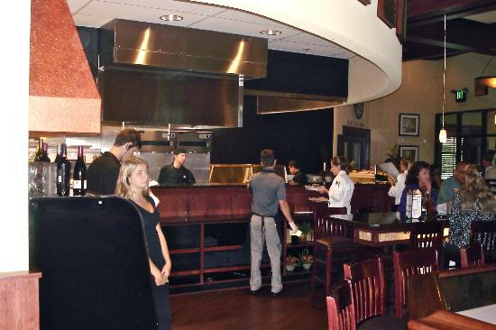 Connors Steak & Seafood: Connor's open kitchen