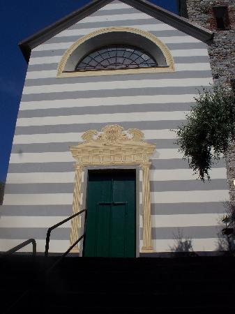 Chiesa di Santo Stefano (Oratorio dei Neri): facciata restaurata