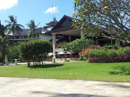 Discovery Kartika Plaza Hotel : Jardin