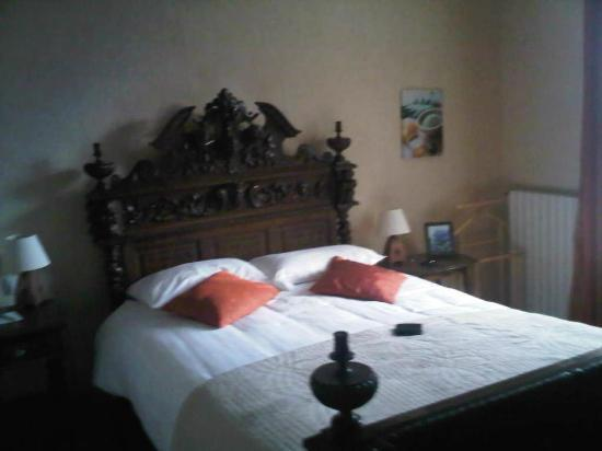 Chateau Hotel de Brelidy : La chambre agapanthe