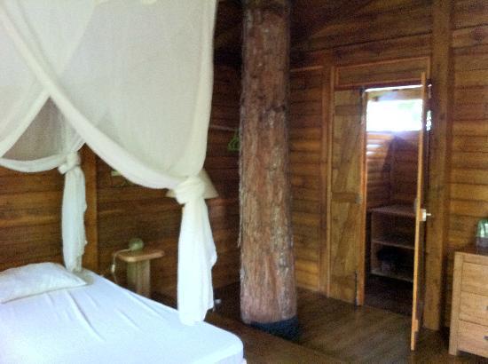 La Créolina à Sainte Rose : La cabane Mahogany
