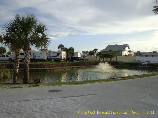 كامب جالف كامبجراوند: Camp Gulf 
