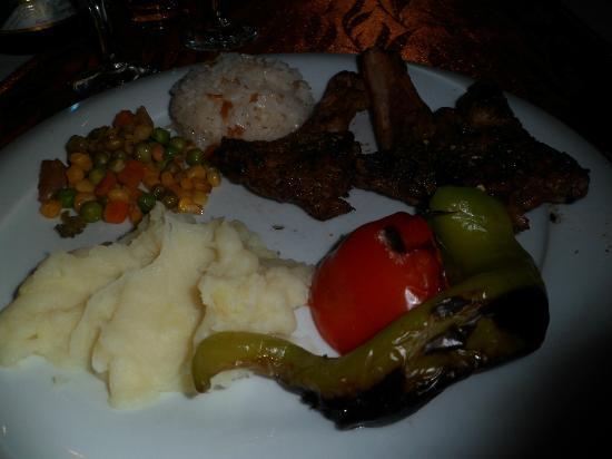 Saray Zetas Restaurant : Lamb Chops