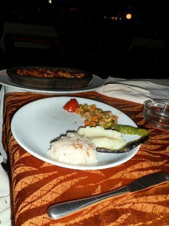 Saray Zetas Restaurant : Casserole