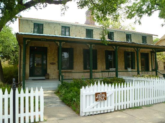Fort Riley, KS: The Custer House